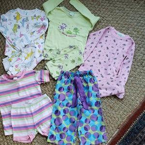 Bundle Pajamas kids size 4